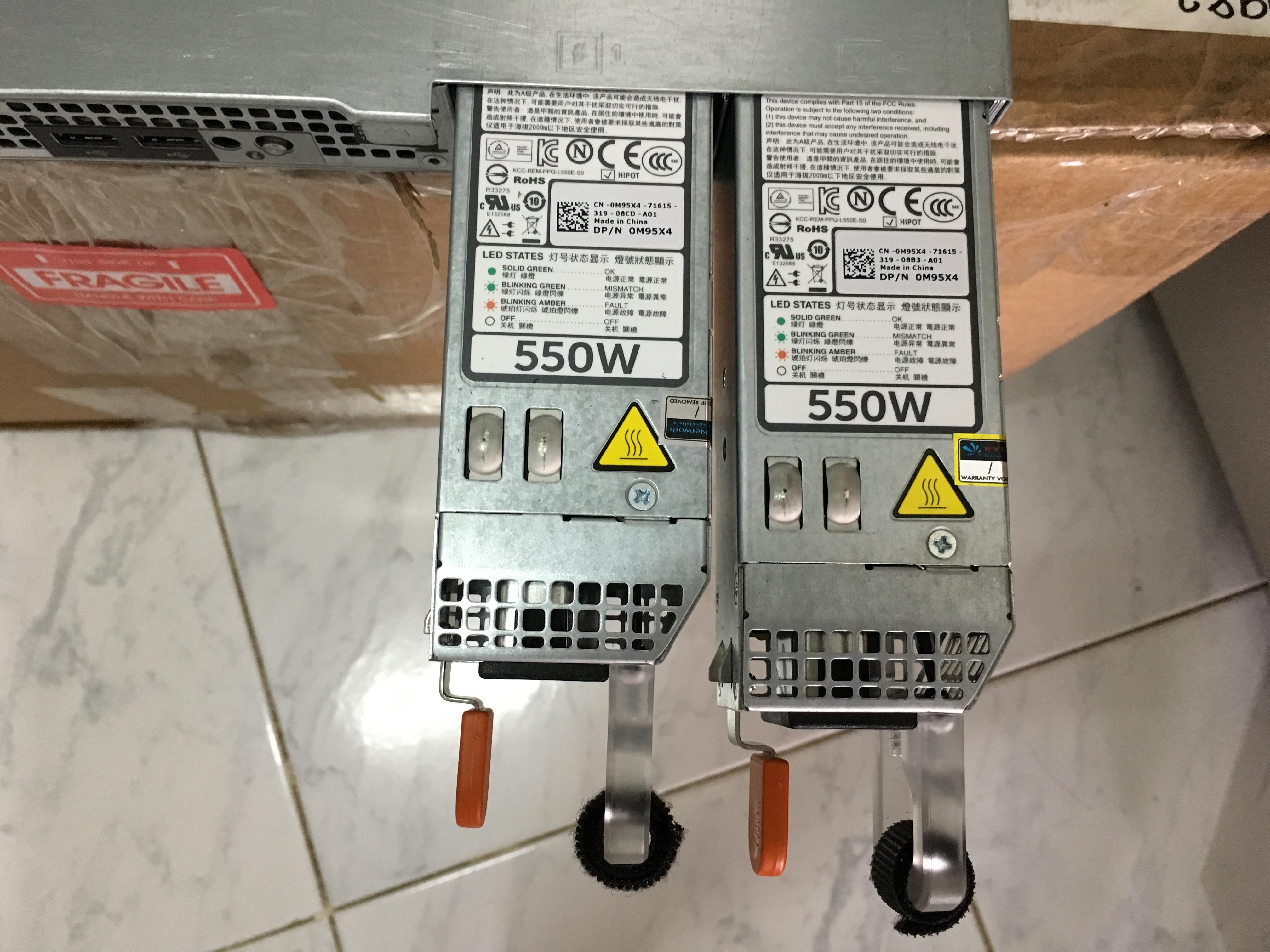 ขายแล้วครับ ** ขอบคุณ ThaiHostTalk ครับ ** Dell PowerEdge